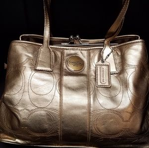 COACH RARE And RETIRED C SIGNATURE STITCHED BAG